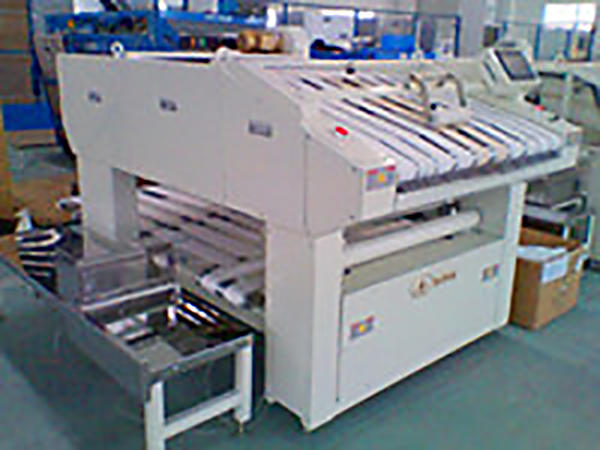 GOWORLD textile folding machine high speed for hotel-1